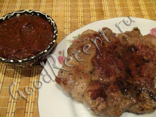 Вкусный соус из кинзы и томатной пасты на зиму