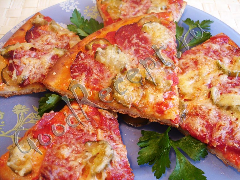 пицца рецепт с помидорами и колбасой солеными огурцами