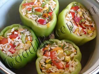 перцы фаршированные овощами и рисом рецепт с фото