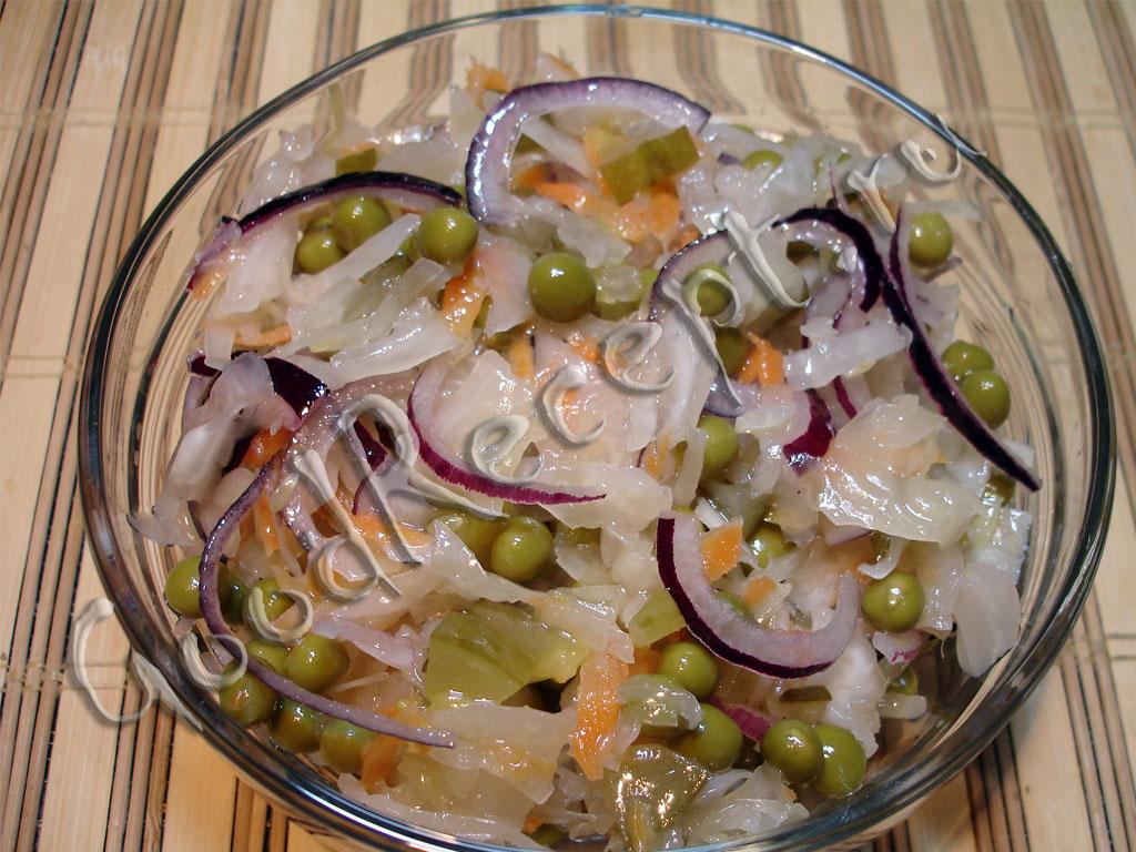 Салаты из соленых огурцов с капустой на зиму