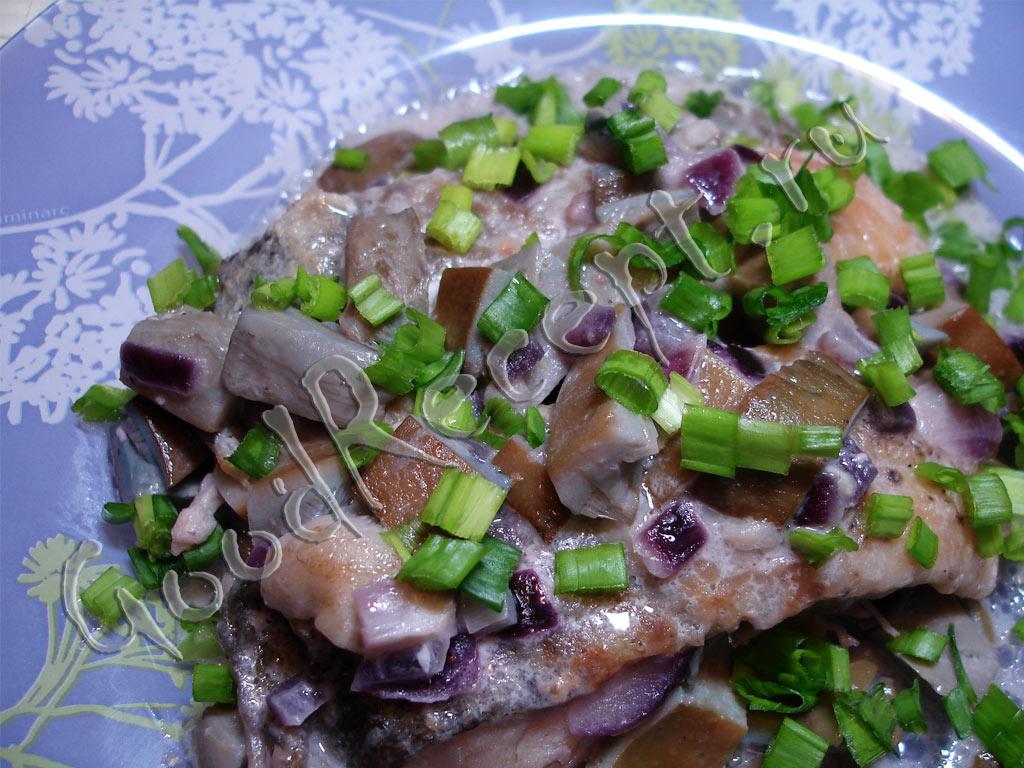 Рыба, запеченная с грибами. Рецепт с пошаговыми фото | Волшебная ... | 768x1024